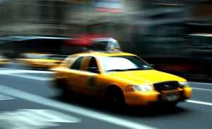 Как таксисты «разводят» приезжих