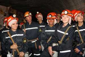 Красавиц опустили в солигорскую шахту