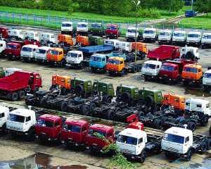 Около 60 заводов Беларуси работают неполную неделю