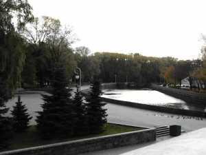 В Минском сквере найден новорожденный ребенок