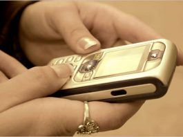 Мужчина подал в суд на экс-возлюбленную за 5 тыс. SMS-сообщений